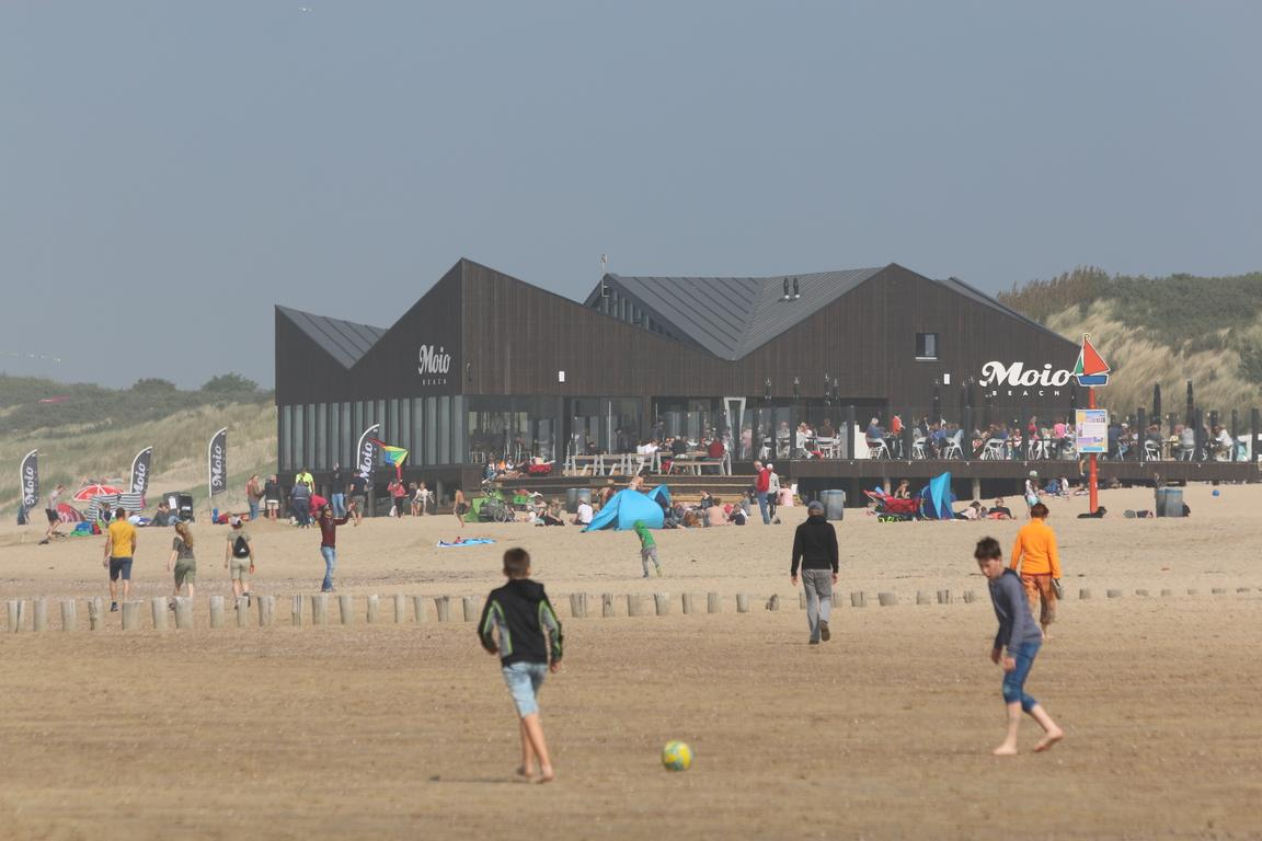 Cadzand-Bad - Strandpavillon Moio Beach