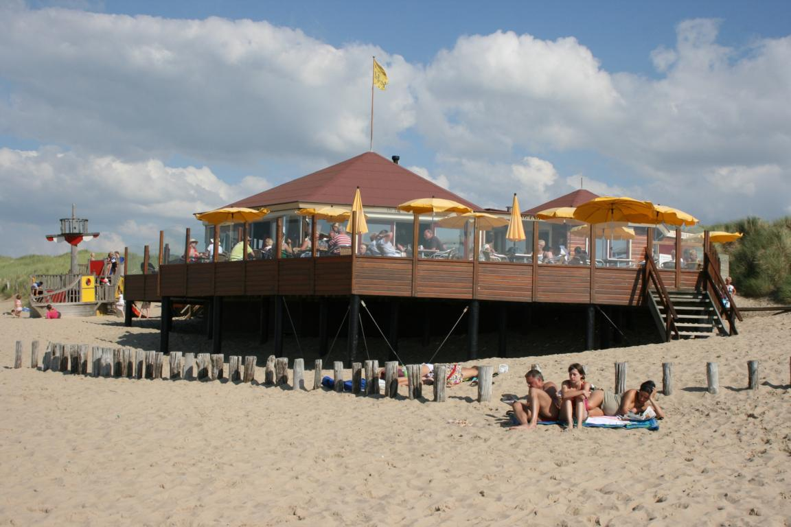 Cadzand-Bad - Strandpavillon De Piraat