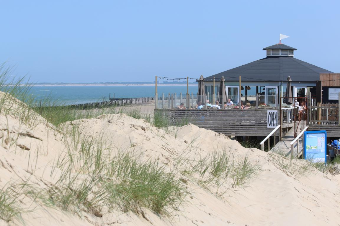 Groede - Strandpavillon van Houten