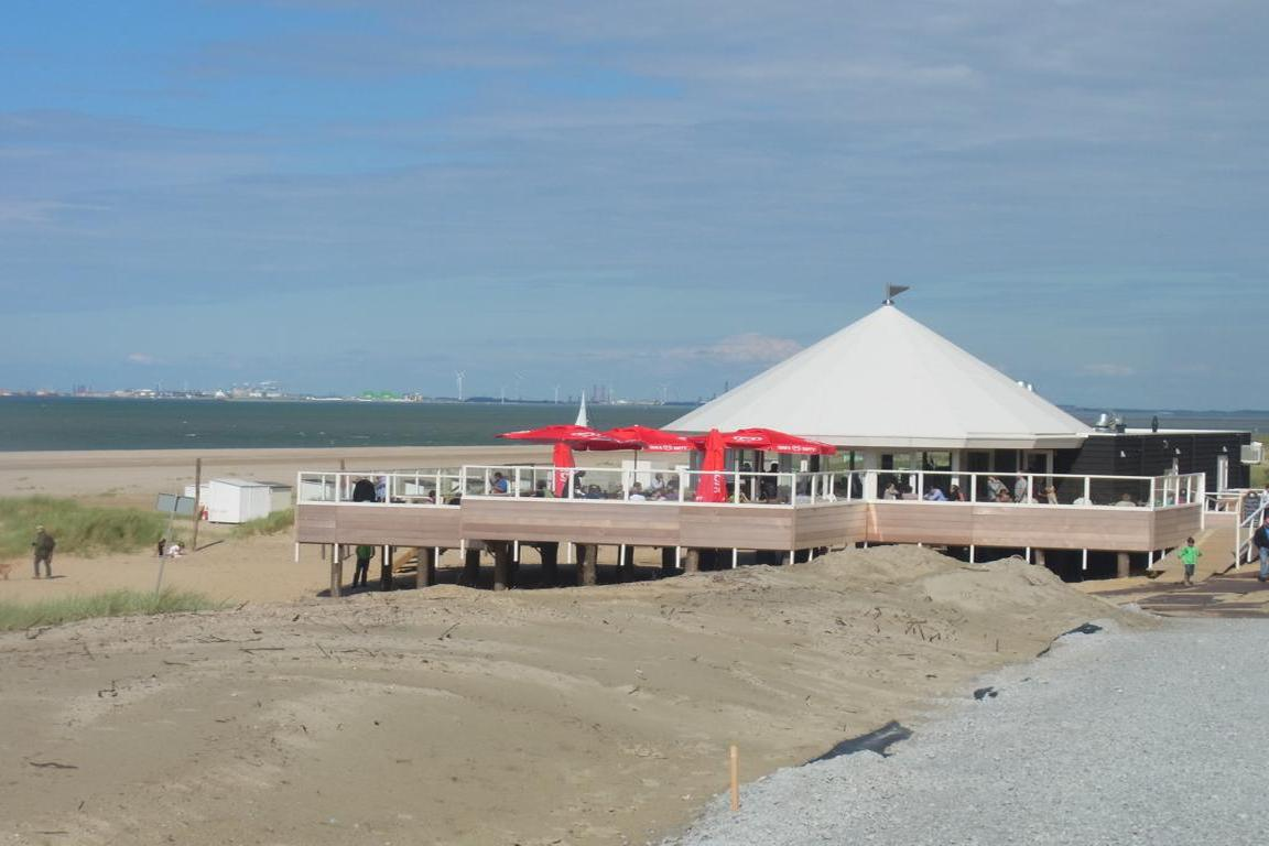 Breskens - Strandpavillon BAZ