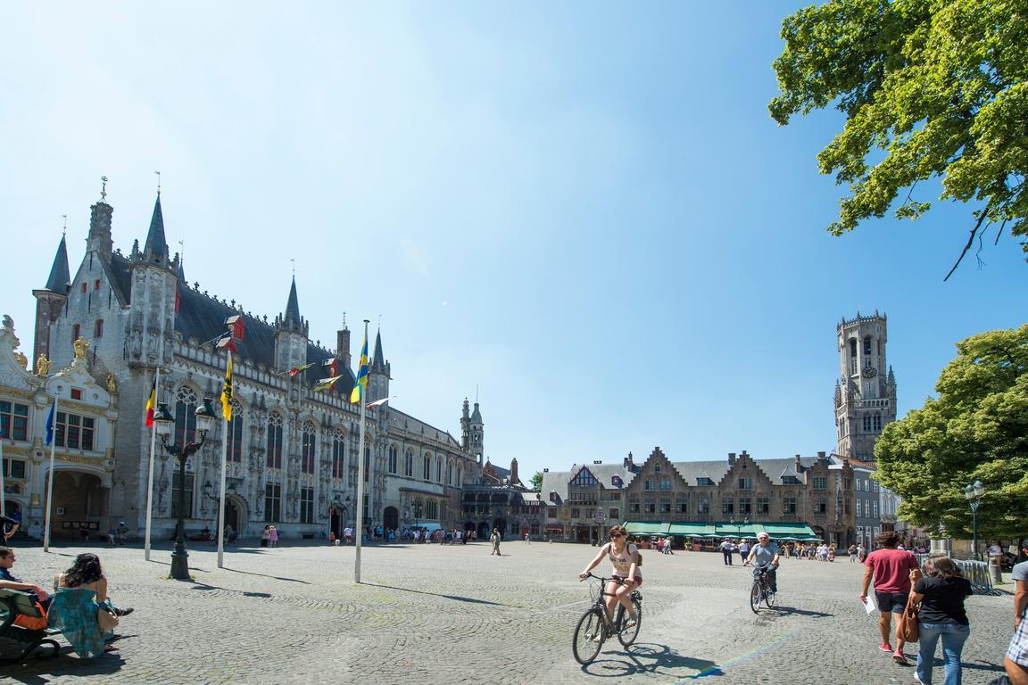 Burg und Stadhuis
