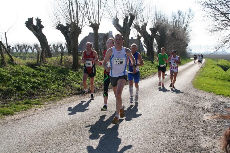 Halb-/Marathon ``Zwinstedenloop`` Sluis